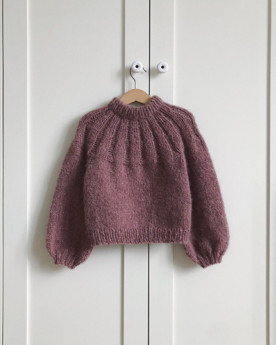 Bild på Sunday Sweater Junior från Petite Knit